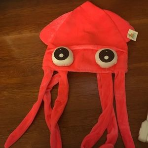 Fun pink octopus prize hat. NWT